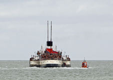 Waverley paddle steamer and pilot boat Stock Image