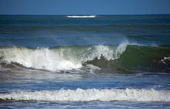 Waves Breaking Royalty Free Stock Photo