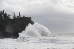 Waves breaking on Rocks Royalty Free Stock Photos