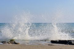 The waves breaking on a stony beach Royalty Free Stock Images