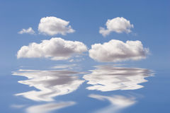 Waves and clouds Royalty Free Stock Photography