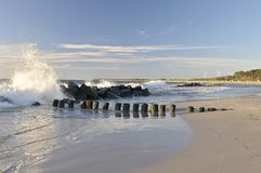 Waves Crashing on the Jetty Royalty Free Stock Photography
