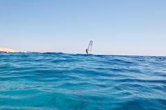 waves för rött hav för bakgrund surfa Royaltyfria Bilder