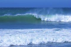 waves för wave för fokusförgrundshav fotografering för bildbyråer