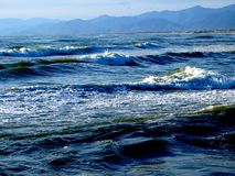 Waves and mountains Royalty Free Stock Photography