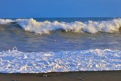 Waves on ocean coast Royalty Free Stock Photos