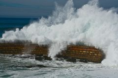 Waves Overwhelming Breakwater Royalty Free Stock Photography