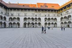 Wawel城堡庭院 免版税库存照片