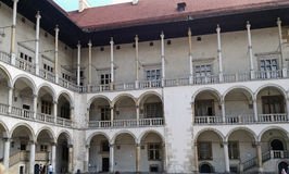 Wawel城堡的内在庭院在克拉科夫,波兰 库存照片