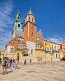 Wawel domkyrka av Wawel den kungliga slotten; Krakow; Polen Arkivbilder