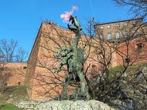 Wawel Dragon Statue à Cracovie, Pologne photo libre de droits