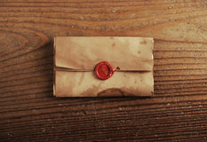 Wax seal on a letter paper Royalty Free Stock Photos