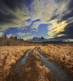 Way and dramatic sky Royalty Free Stock Images