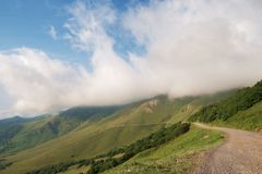 The way to the foggy mountains Royalty Free Stock Photography