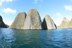 Wayag石灰石石灰岩地区常见的地形顶视图 库存照片