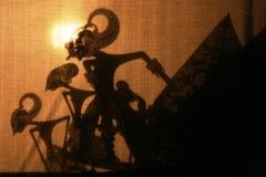 Wayang Kulit (espectáculo de marionetas de la sombra) Fotos de archivo libres de regalías