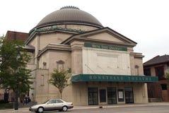 Waynens State Univeritys teaterbyggnaden arkivbild