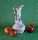 Waza i jabłka Zdjęcie Royalty Free