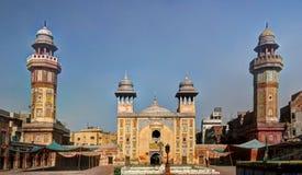 Wazir可汗清真寺,拉合尔门面  库存图片