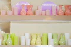 Wazy i świeczki fotografia stock