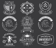 WB de las insignias 2 de la universidad y de la universidad Imágenes de archivo libres de regalías