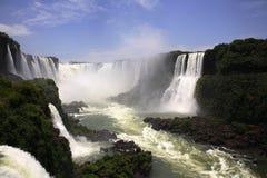 wchodzą igua iguassu wodospady iguazu u wielkie Zdjęcia Stock