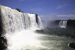 wchodzą igua iguassu wodospady iguazu u wielkie Zdjęcia Royalty Free