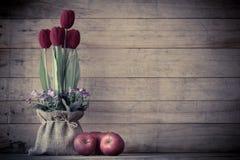 Wciąż życie czerwieni jabłka Zdjęcie Stock