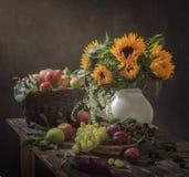 Wciąż życie prezenty jesień Obrazy Stock