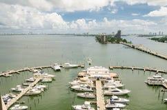Wciągany most i linia horyzontu Miami południe Wyrzucać na brzeg obrazy royalty free