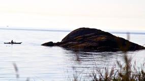 Wczesnego poranku kayaker Zdjęcie Royalty Free