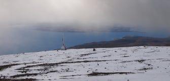 Wczesny jesień śnieg w górach Navarino wyspa, prowincja chilijczyk Antarctica, Chile Obrazy Royalty Free