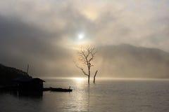 Wczesny poranek przy Namkar jeziorem Fotografia Stock