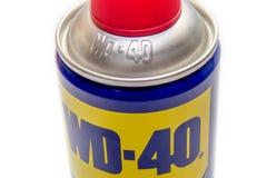 WD-40 ist der Name des eingetragenen Warenzeichens eines Kriechöls und wasser-Verlegungsspray lizenzfreie stockfotos