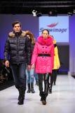 wear för snowimage för modemodeller Royaltyfri Foto