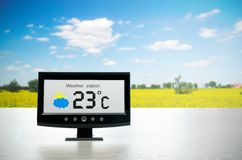 Weather station device with weather conditions Stock Photography
