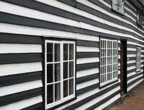weatherboard gammal shiplap för det georgian huset Arkivfoto