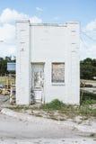 Weathered abbandoned l'immeuble de brique dans le Texas Photo stock