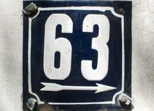 Weathered emaillierte Kennzeichen 63 Lizenzfreie Stockbilder