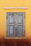 weatherworn fönster Royaltyfri Foto