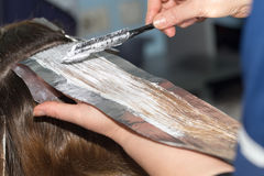 Weave hair in beauty salon Stock Photography