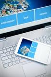 Web design sensible sur des périphériques mobiles Photos libres de droits