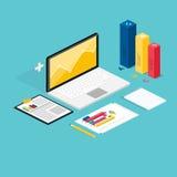 Web du processus d'analytics avec le St de site Web de claptop et de développement Image libre de droits