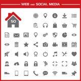Web e ícones sociais dos meios ajustados ilustração royalty free