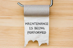 Web message. Maintenance is being performed - toilet paper as web message Royalty Free Stock Photos