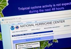 Webbsida av National Hurricane Centern arkivbild
