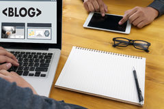 Webbsida för BLOGGWebsiteanslutning N för massmedia för online-internet social stock illustrationer