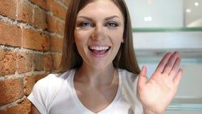 Webcamsikt, video pratstund av den unga kvinnan, vind Royaltyfri Fotografi