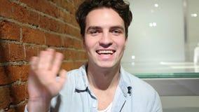Webcamsikt, video pratstund av den unga mannen, vind Royaltyfri Bild