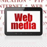 Webdesignkonzept: Tablet-Computer mit Netz-Medien auf Anzeige Stockbild